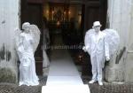 coppia di statua vivente