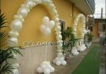 Archi di palloncini e grappoli