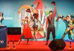 swing_juggling_show